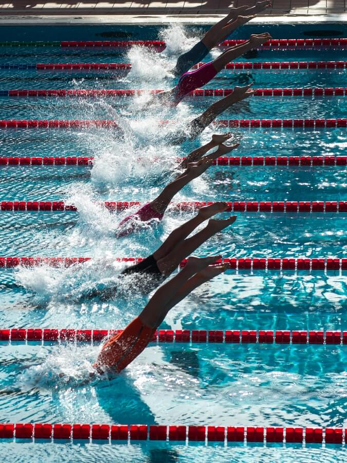 https://zpv-hieronymus.com/wp-content/uploads/2021/05/wedstrijdzwemmers-duikend.jpg